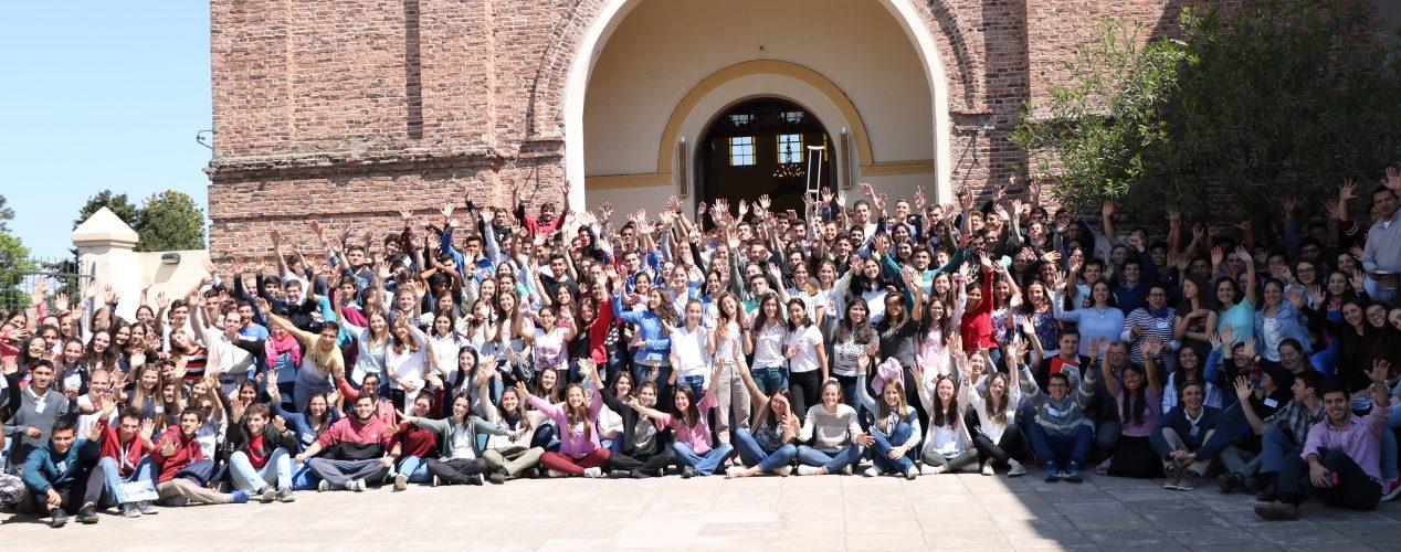 Foto grupal del Congreso de Jóvenes