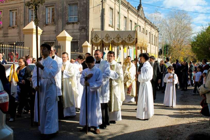 Corpus-Christi-Infiorata-Villa-Elisa-24
