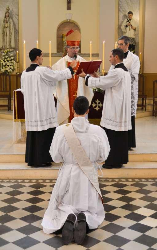 ordenacion-sacerdotal-p.juan-de-dios13