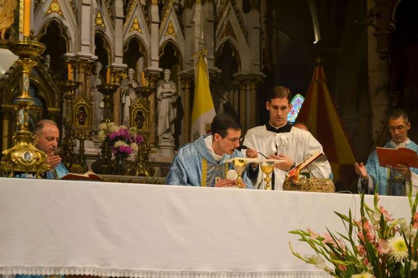 ordenacion-sacerdotal-p.juan-de-dios70