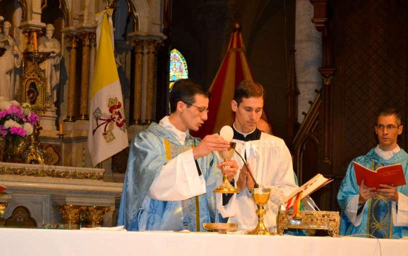 ordenacion-sacerdotal-p.juan-de-dios75