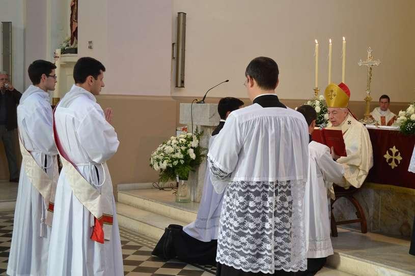 ordenaciones sacerdotales villa elisa 2013_05