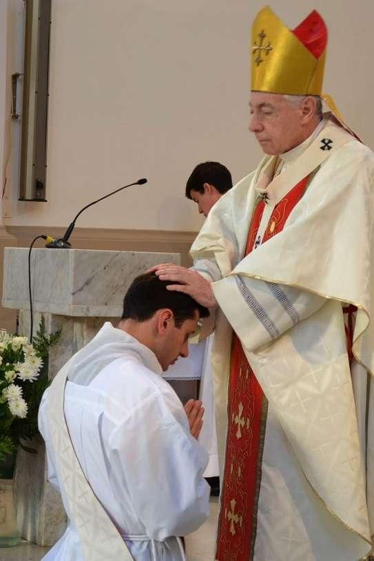 ordenaciones sacerdotales villa elisa 2013_10