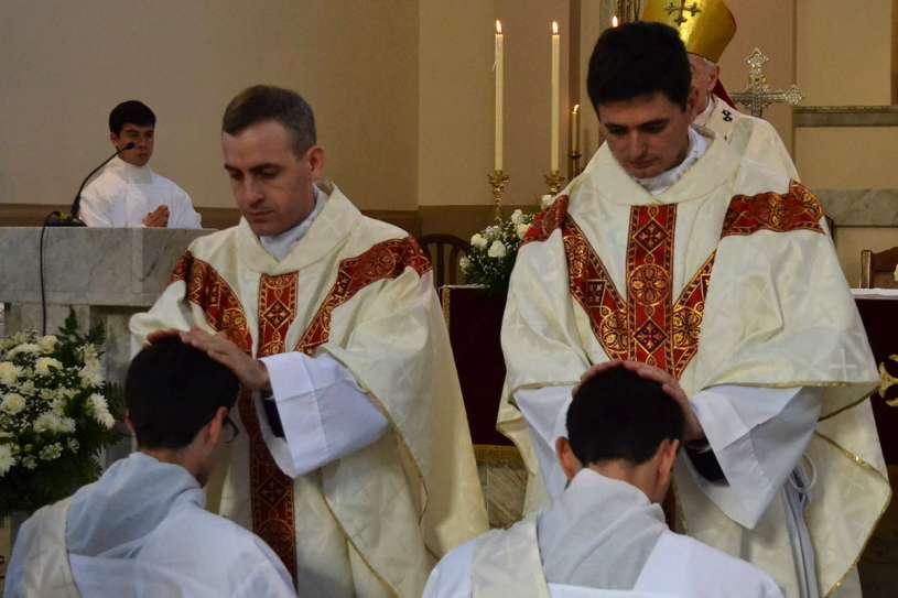 ordenaciones sacerdotales villa elisa 2013_12