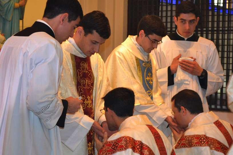 ordenaciones sacerdotales villa elisa 2013_45
